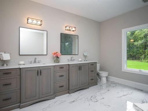 Lorraine Bathroom